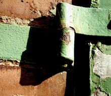 distillery hinge